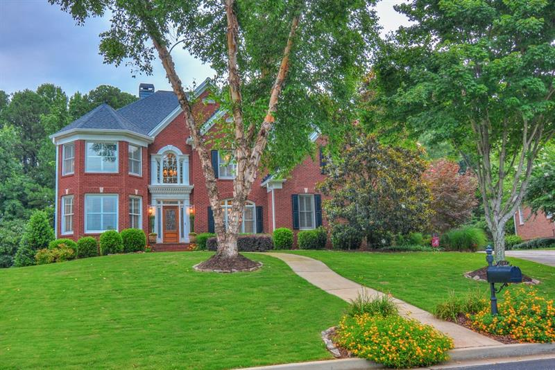 1161 Hiddenbrook Lane, Suwanee, GA 30024