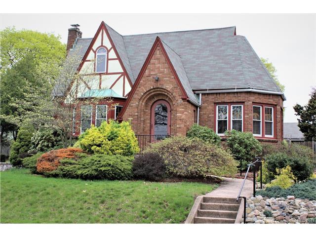 37 Kneeland Rd, New Haven, CT 06512