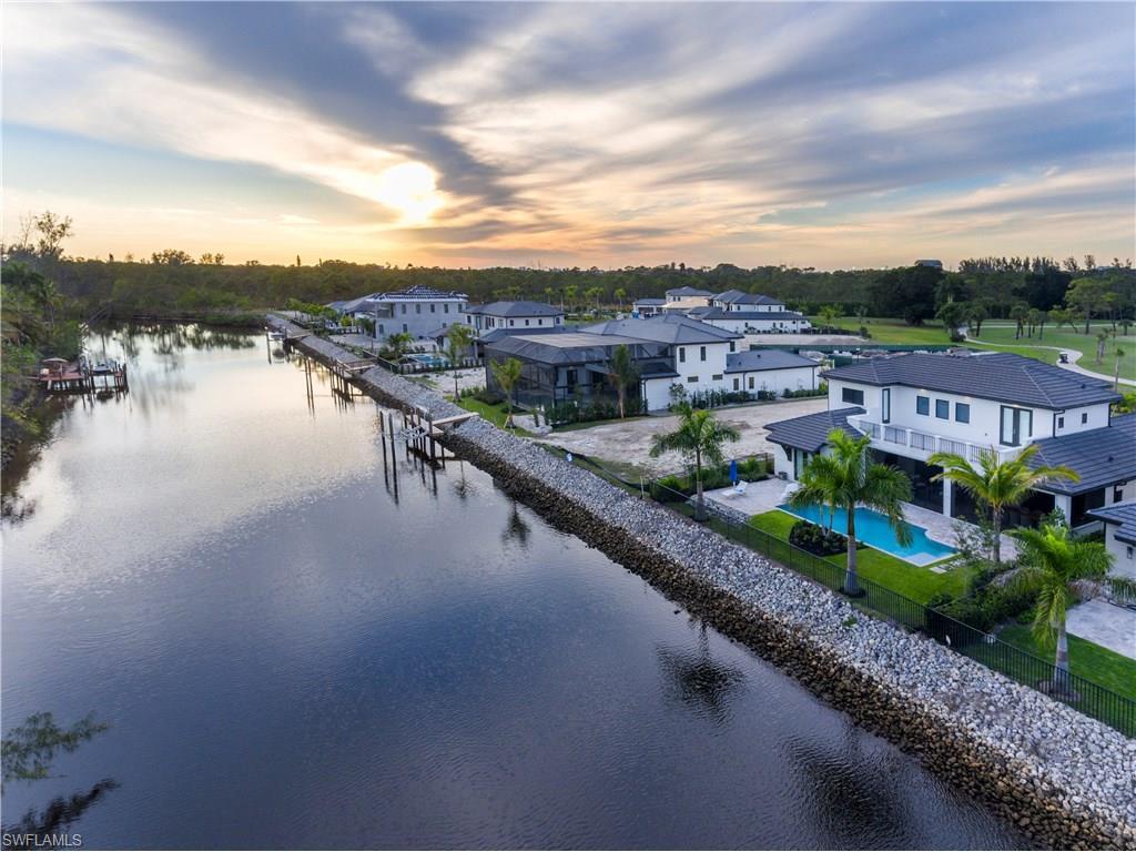1684 Vinland WAY, NAPLES, FL 34105