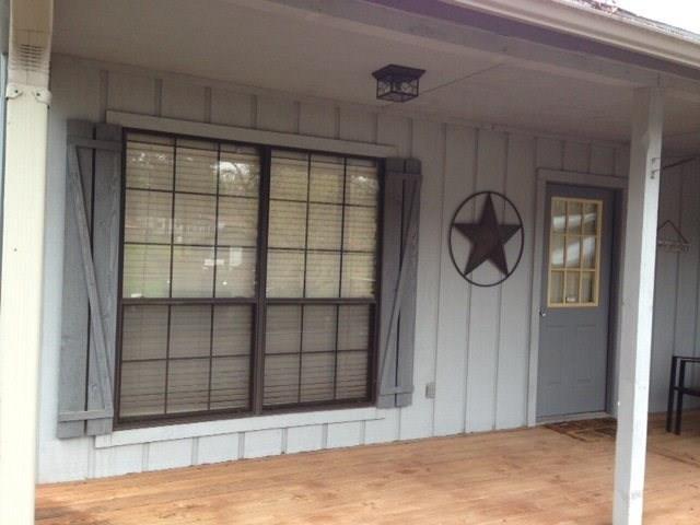 204 Harbor Drive, Gun Barrel City, TX 75156