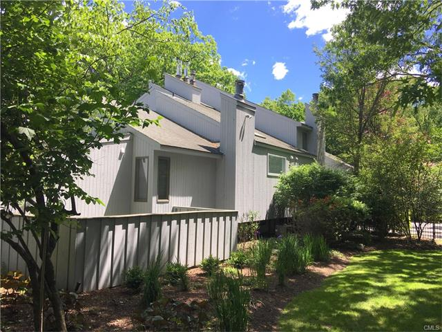 13A Dogwood Lane, Westport, CT 06880