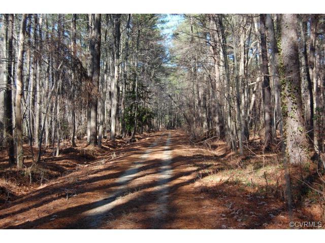 4 PINE VIEW Drive, Mathews, VA 23056