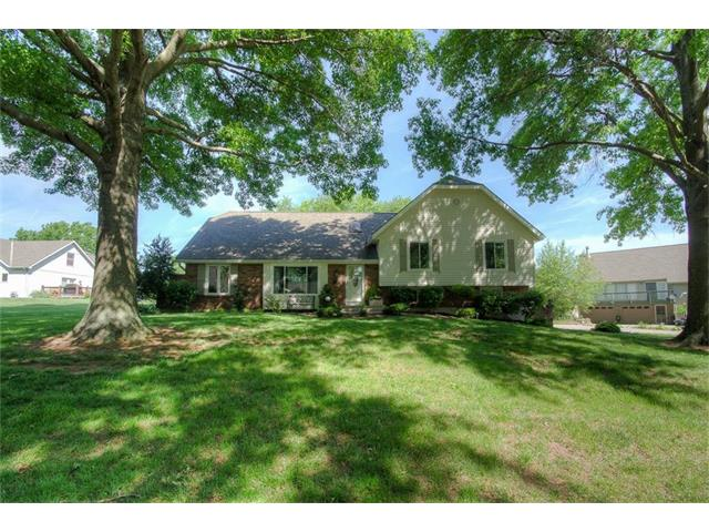 9718 Betsy Ross Court, Liberty, MO 64068
