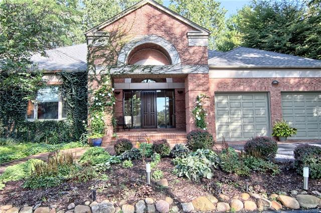 4687 LOCKHART Street, West Bloomfield Twp, MI 48323
