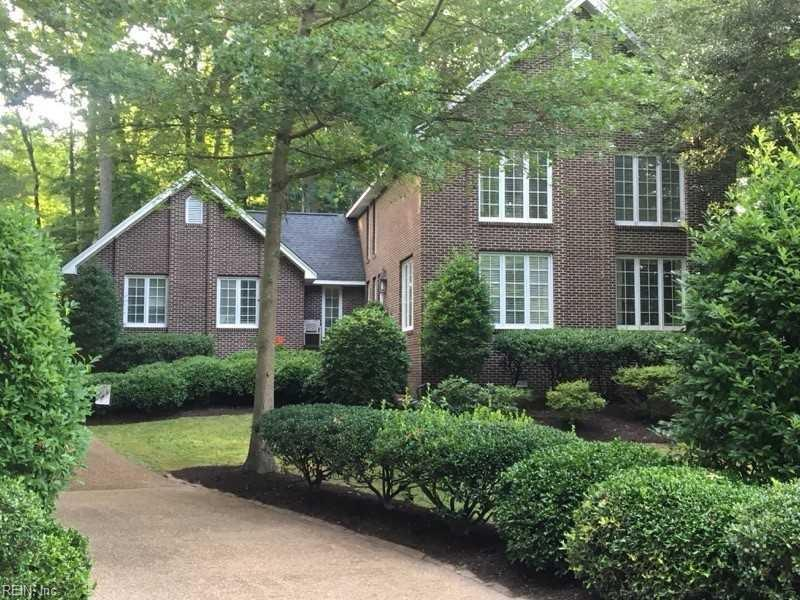 63 Queens CT, Newport News, VA 23606