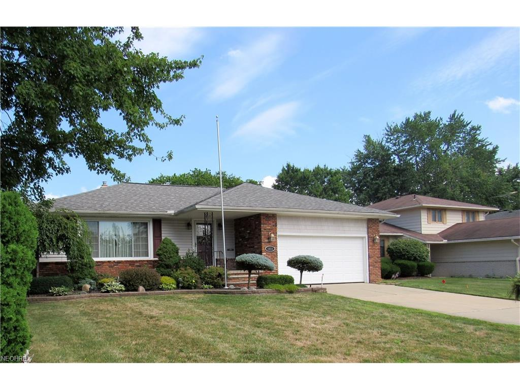 1833 Euston Dr, Mayfield Heights, OH 44124