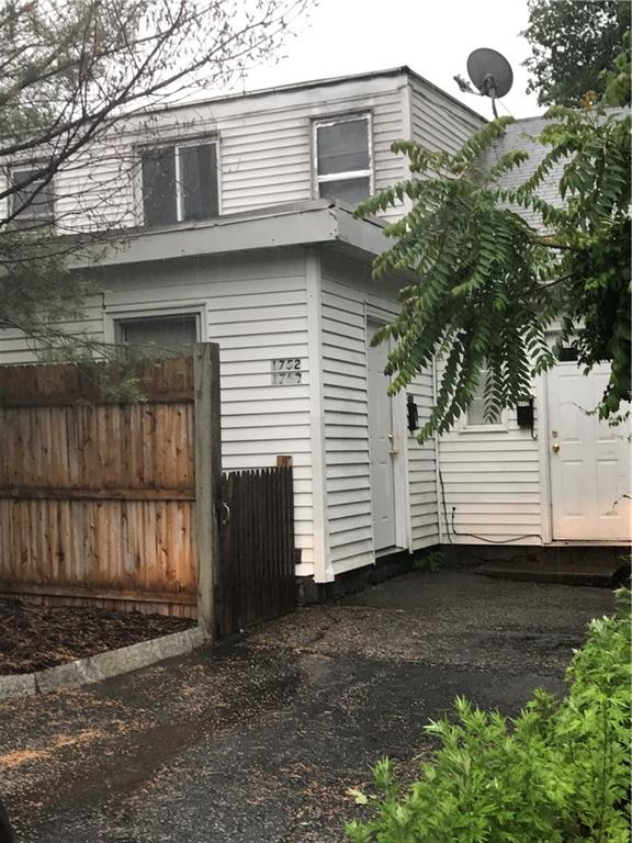 1750 Lonsdale AV, Lincoln, RI 02865