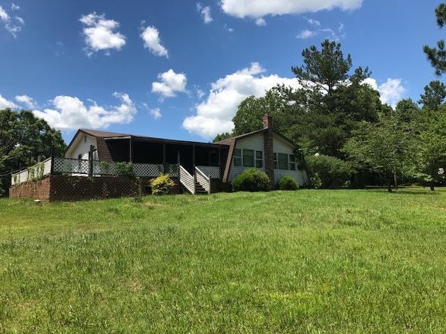 147 Pond Ln, Tennessee Ridge, TN 37178