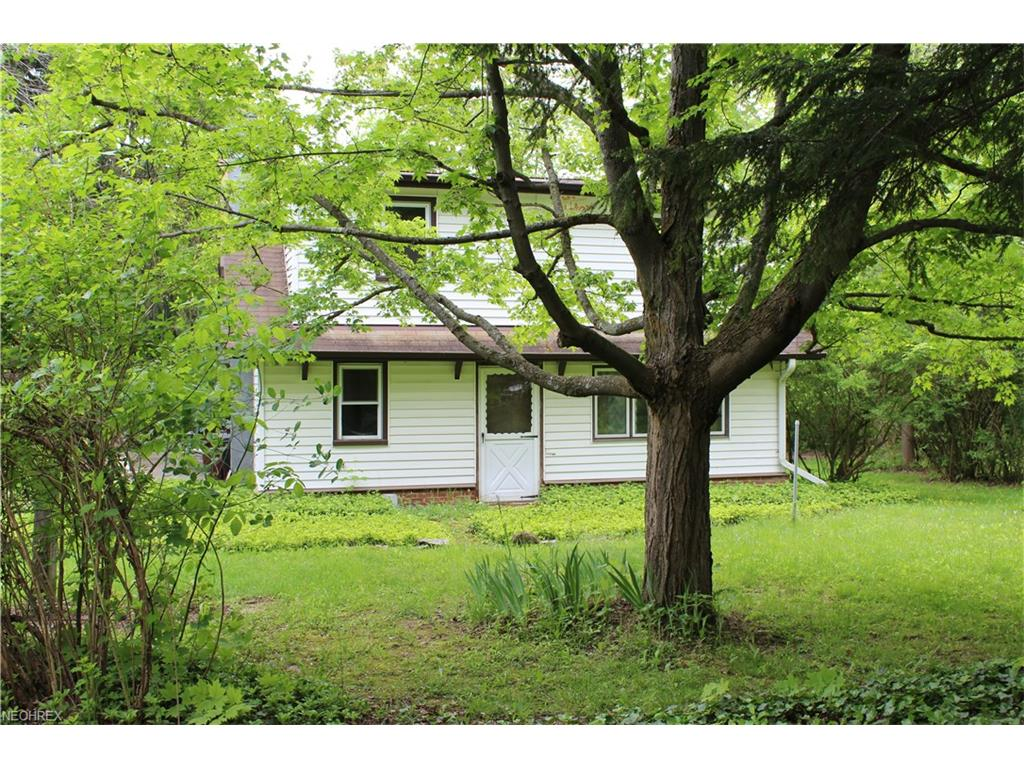12581 Caves Rd, Chesterland, OH 44026