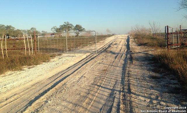 250 County Road 303, Calliham, TX 78007
