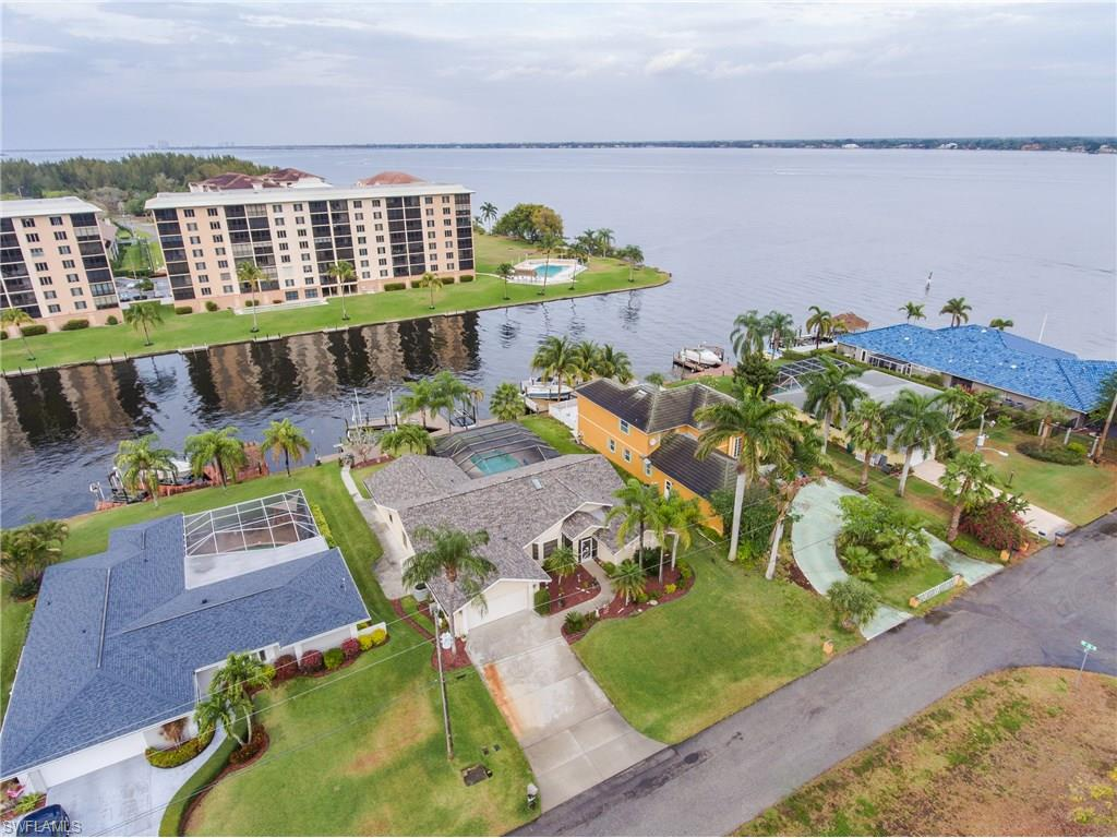 2017 SE 44th ST, CAPE CORAL, FL 33904