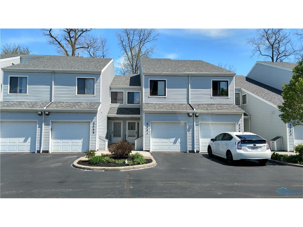 2541 W Village Drive 2541, Toledo, OH 43614