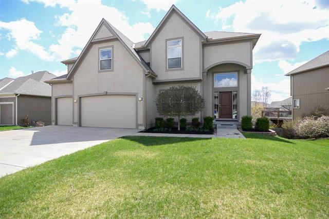 21083 W 114th Terrace, Olathe, KS 66061