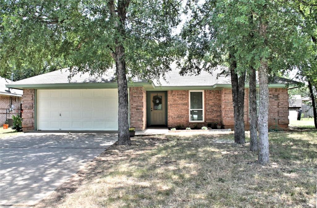 309 Paluxy Avenue, Glen Rose, TX 76043
