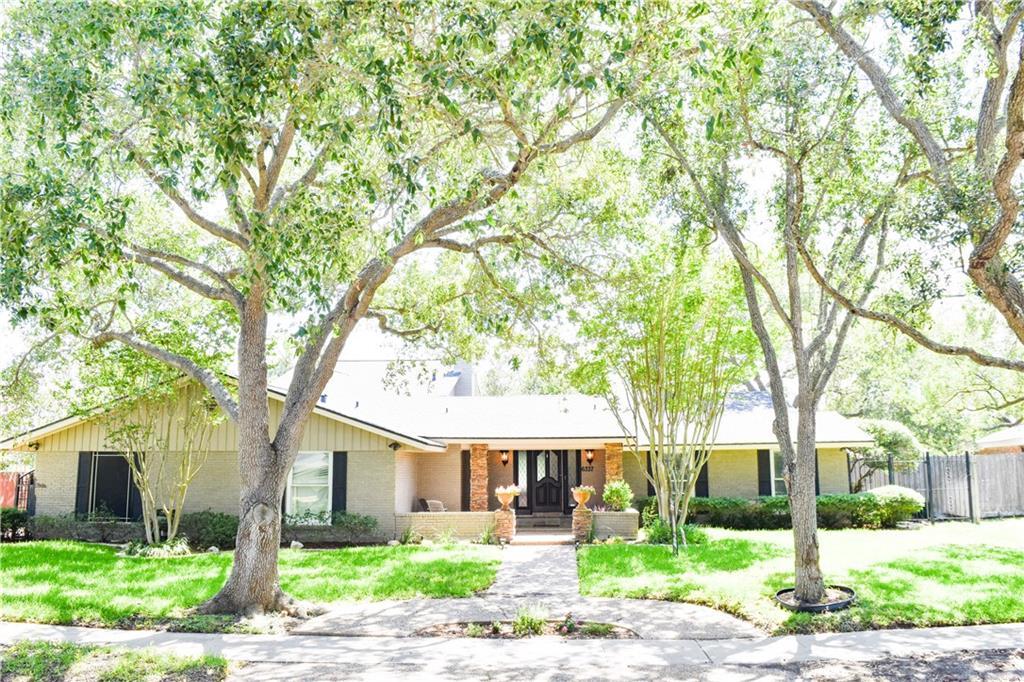 6337 Saint Andrews Dr, Corpus Christi, TX 78413
