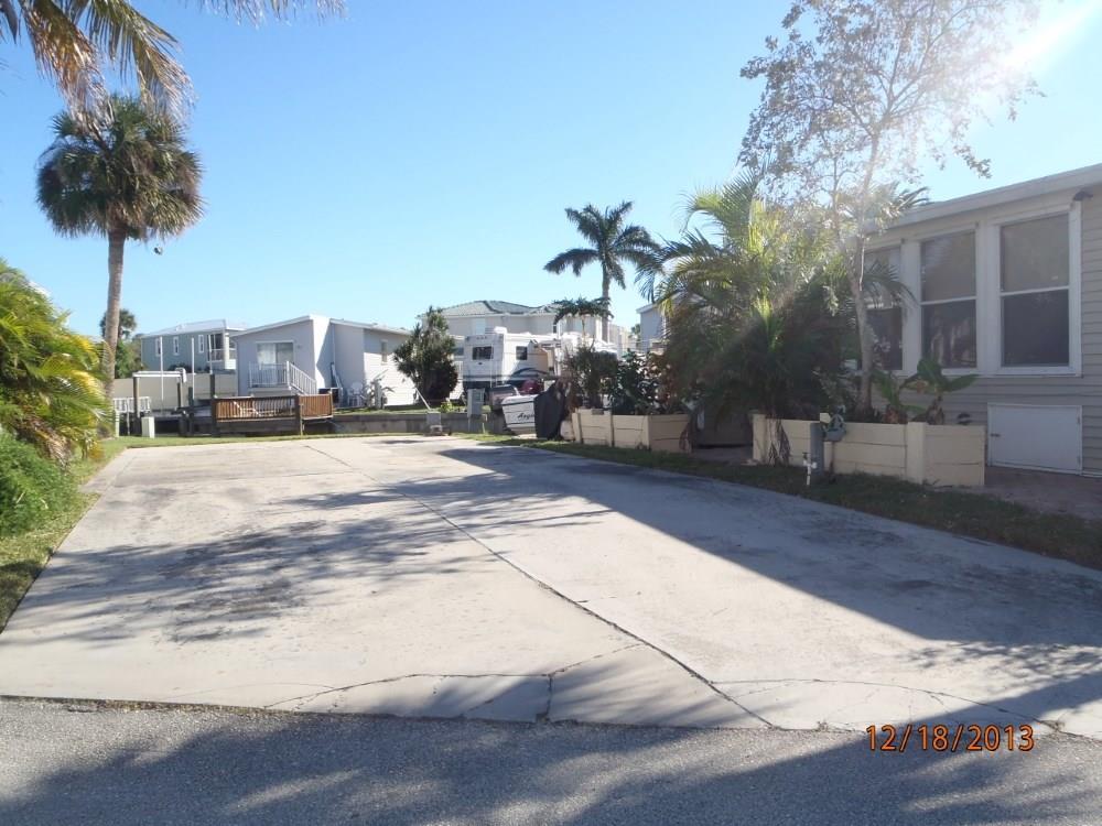 1082 Nettles Blvd, Jensen Beach, FL 34957