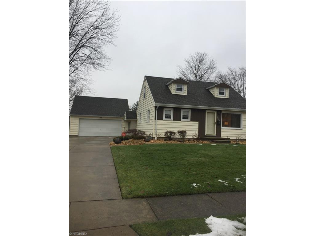 1544 Greenwood Ave, Girard, OH 44420