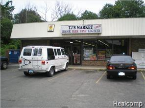 1830 E Welch RD, Commerce Twp, MI 48390