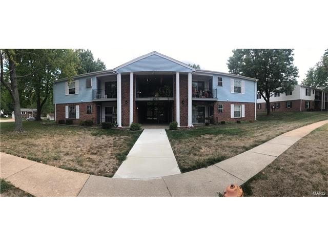 1405 Durango Lane, Fenton, MO 63026