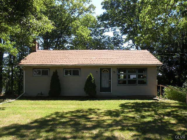 757 Locke Heights Road, Washington Twp, PA 18013