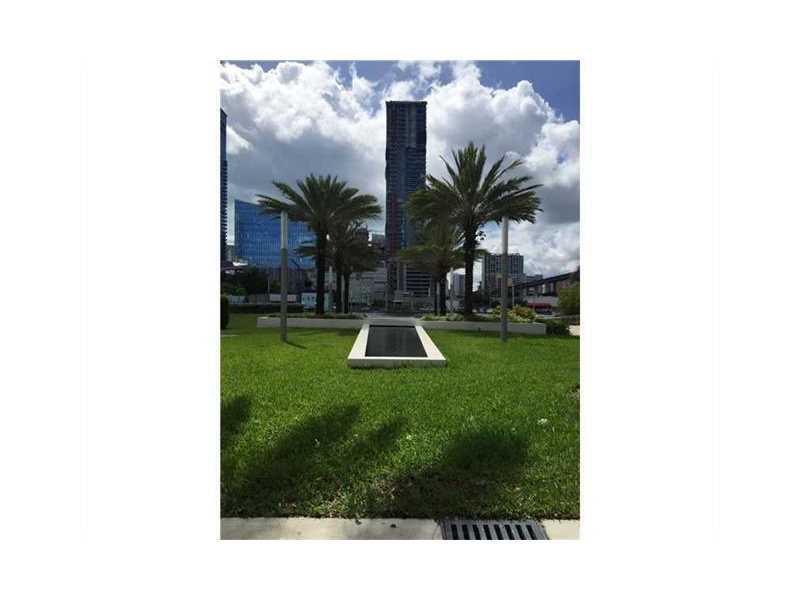 90 SW 3 ST 3006, Miami, FL 33130