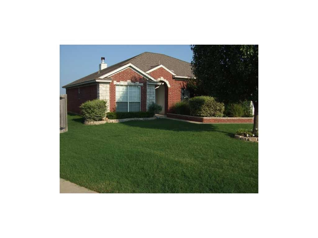 2604 Southern Hills, Moore, OK 73160