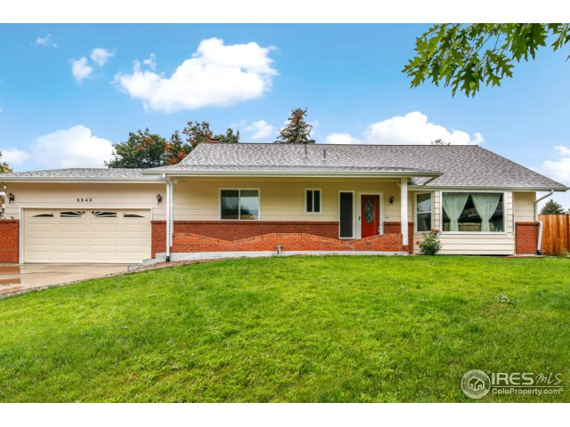 2343 Smith Ct, Longmont, CO 80501