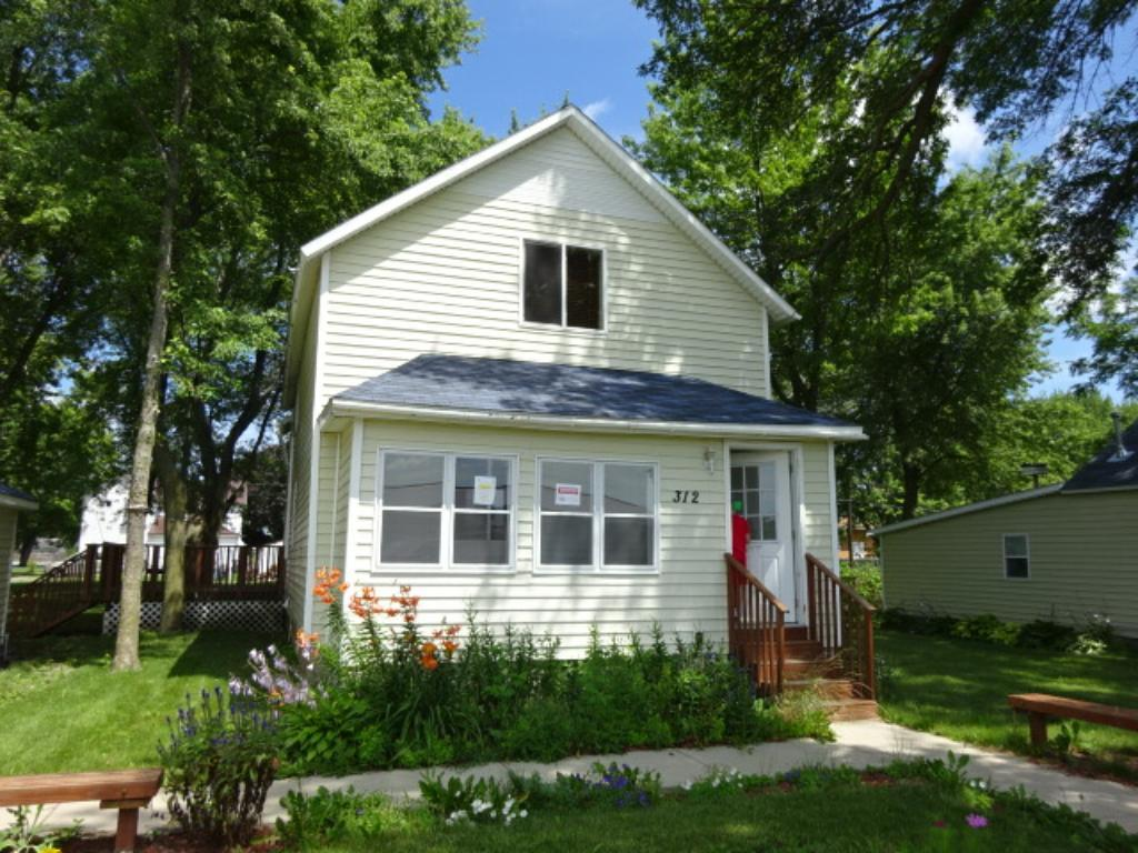 312 Front Street W, Claremont, MN 55924