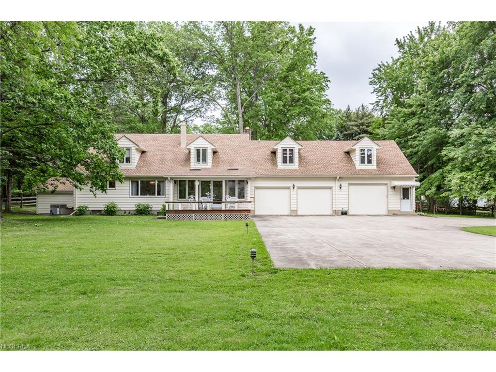 4603 Wood St, Willoughby, OH 44094