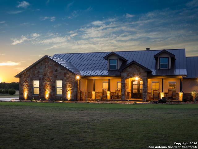 464 Buckskin Trail, Bandera, TX 78003