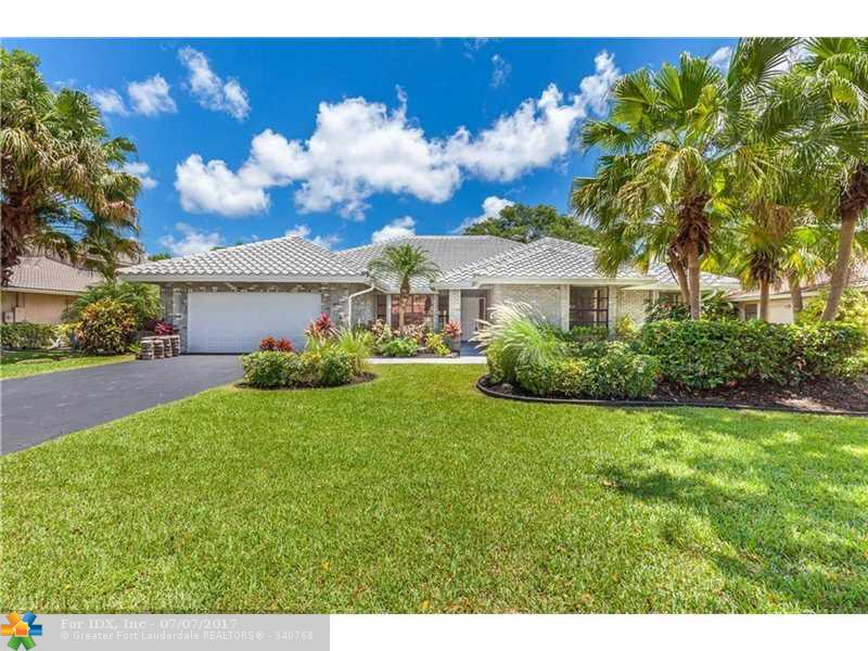 9077 NW 47th Ct, Coral Springs, FL 33067