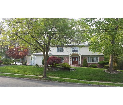 19 Thomas Road, East Brunswick, NJ 08816