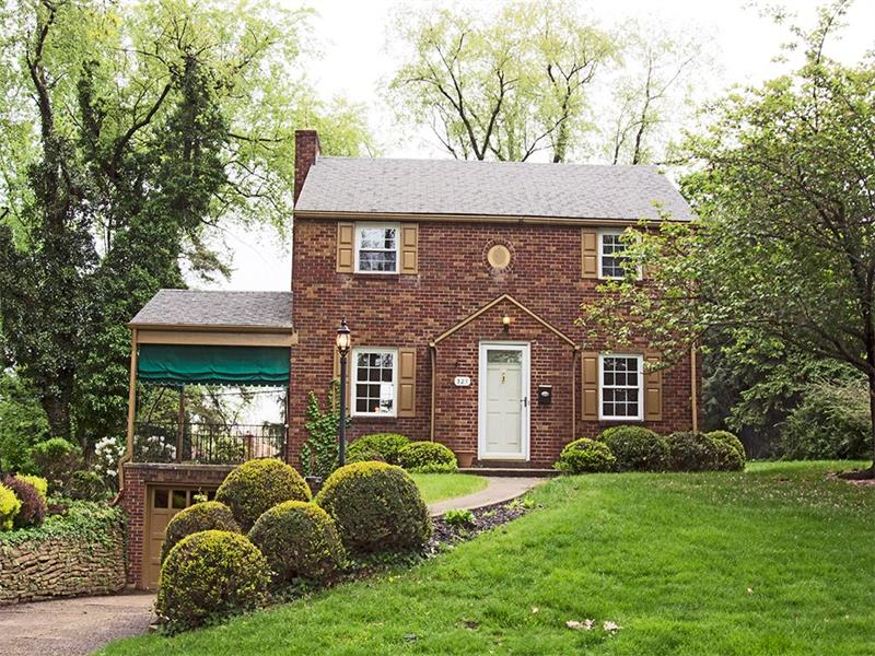 321 Old Farm Road, Pittsburgh, PA 15228