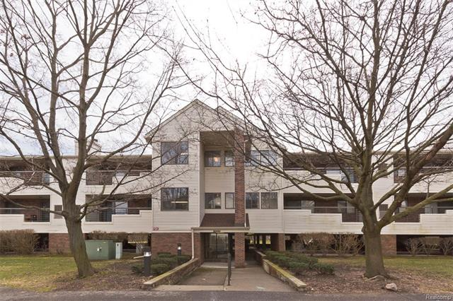 30450 Orchard Lake RD, Farmington Hills, MI 48334
