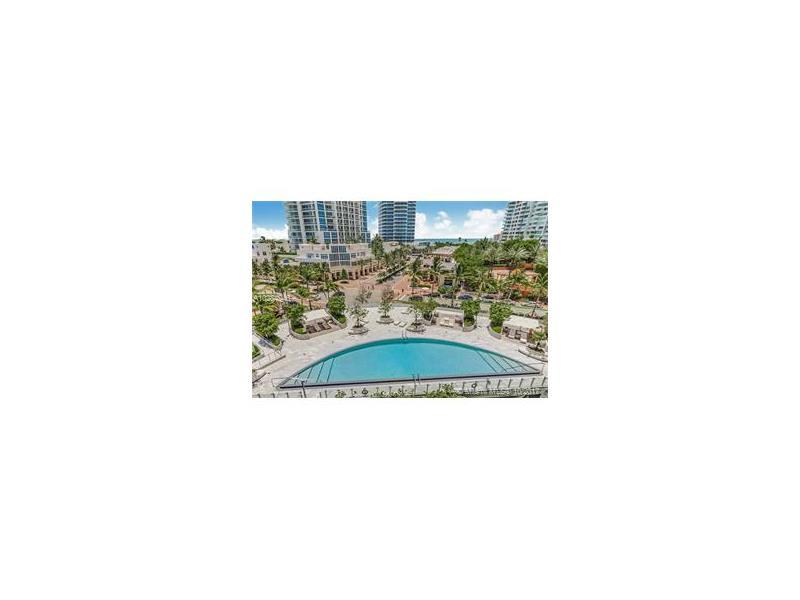 1 Collins Ave 605, Miami Beach, FL 33139