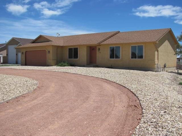 506 S Rialto Dr, Pueblo West, CO 81007