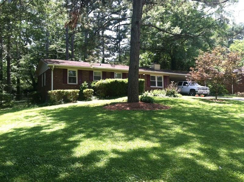205 Valley Drive, Roswell, GA 30075