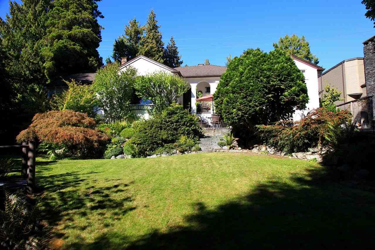 2859 BELLEVUE AVENUE, West Vancouver, BC V7V 1E7