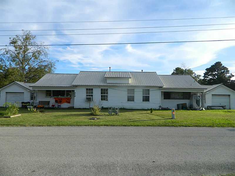 308-310 Huenefeld St, Lincoln, AR 72744