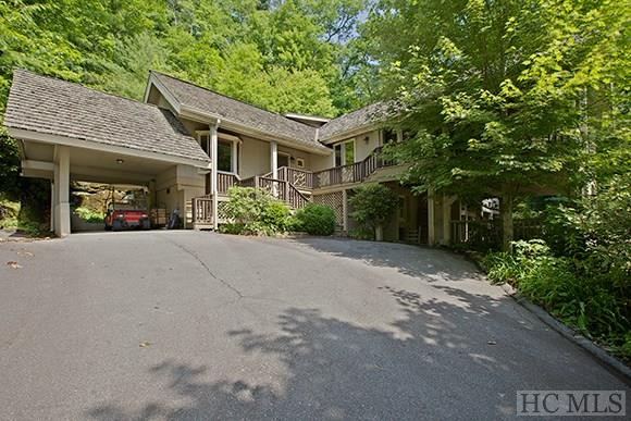 161 Halsted Rd, Cashiers, NC 28717