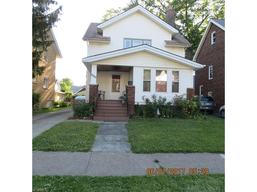 2058 Mars Ave, Lakewood, OH 44107