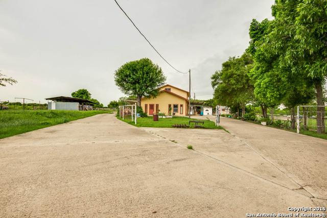 10415 Colwell, Atascosa, TX 78002