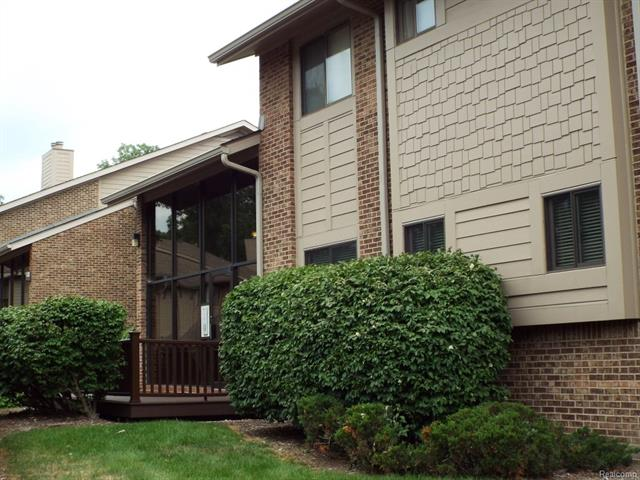 11747 SYCAMORE Drive, Plymouth Twp, MI 48170