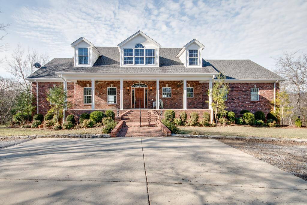 11777 Big Springs Rd, Christiana, TN 37037