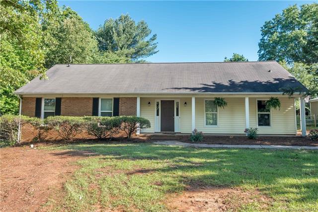 8243 Oakley Lane, Charlotte, NC 28270