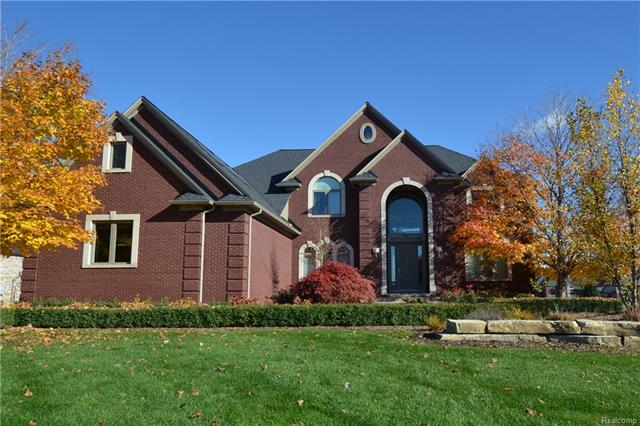 2657 INVITATIONAL DR, Oakland Twp, MI 48363