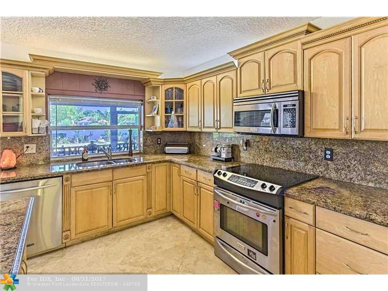 6526 Pond Apple Rd, Boca Raton, FL 33487
