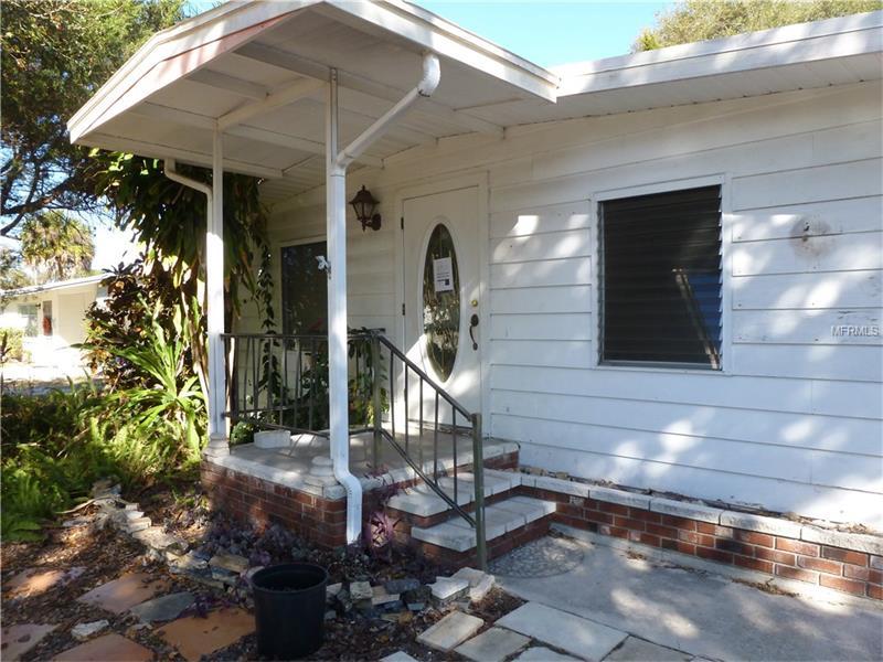 933 MYRTLE AVENUE, VENICE, FL 34285