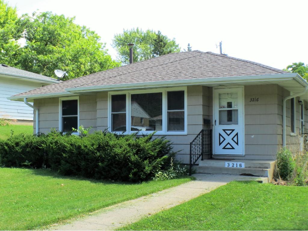 3216 Drew Avenue N, Robbinsdale, MN 55422