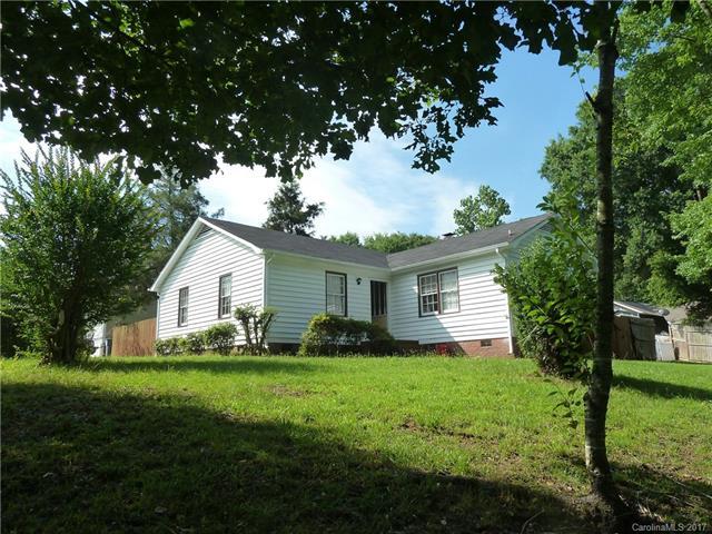 11609 Mirror Lake Drive, Charlotte, NC 28226